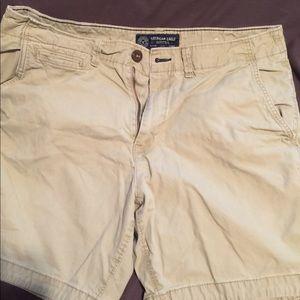 Men's size 34 American Eagle shorts